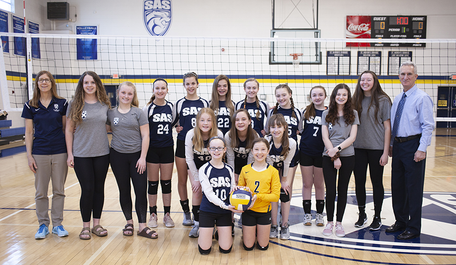 9b040e351 Volleyball - Middle School Girls. 2019 Middle School Volleyball Varsity Team